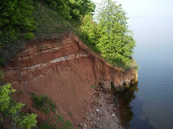 Обрывистый правый берег Камы, Нижнекамское водохранилище